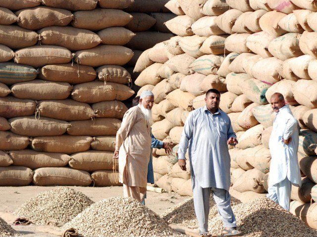 G-B govt's claims of withdrawing taxes fail to sway traders